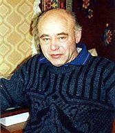 Михаил Ахманов