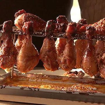 Kamado Joe: куриные лапы с кунжутом